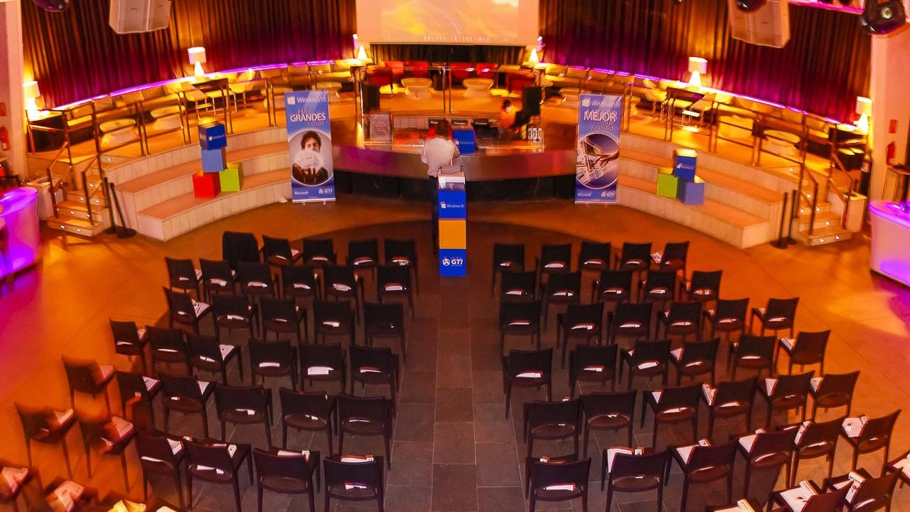 Contratar eventos y banquetes en Club Mya Valencia